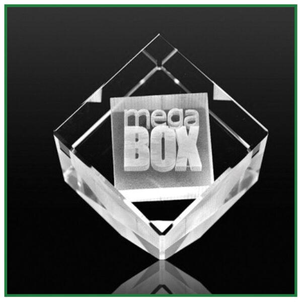 Cube pan coupé avec gravure laser