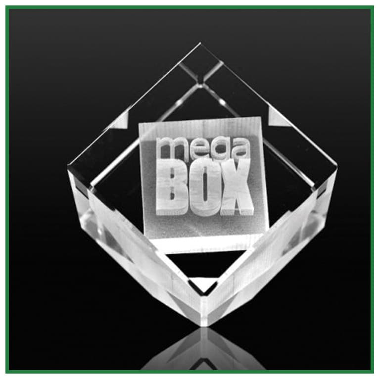 Cube verre pan coupé avec gravure laser