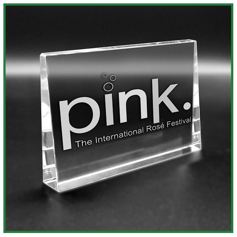 trophée en verre gravure laser 2d 3d