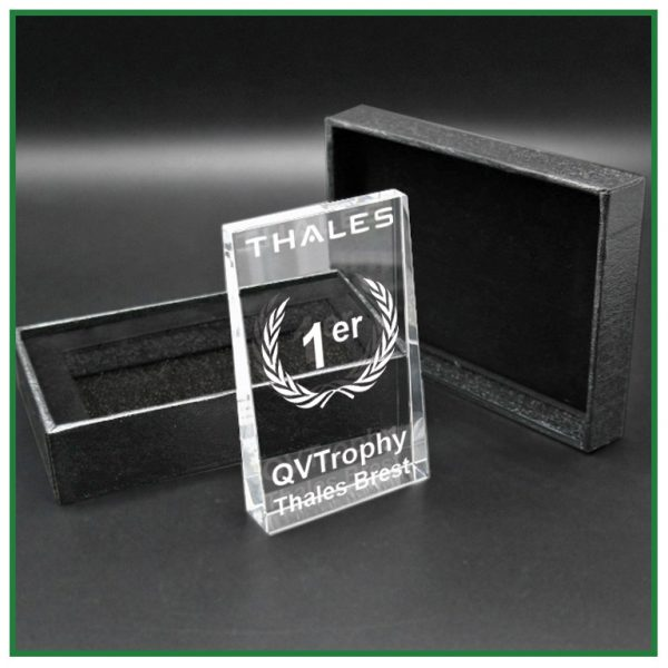 Trophée en verre avec gravure laser 2d