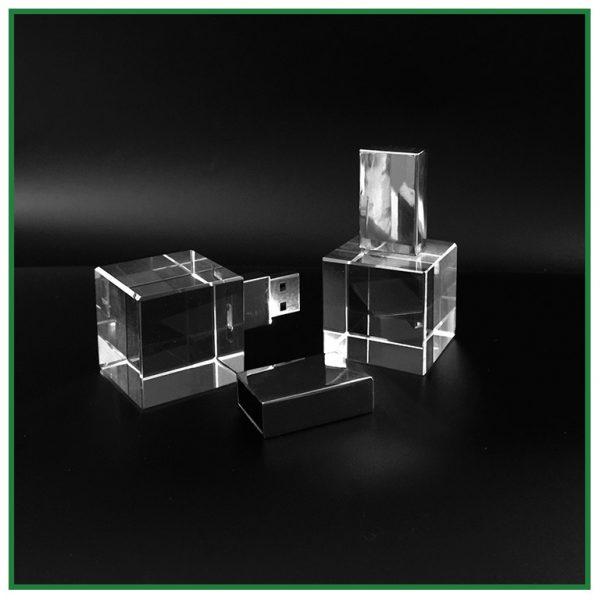 clé usb cube de verre