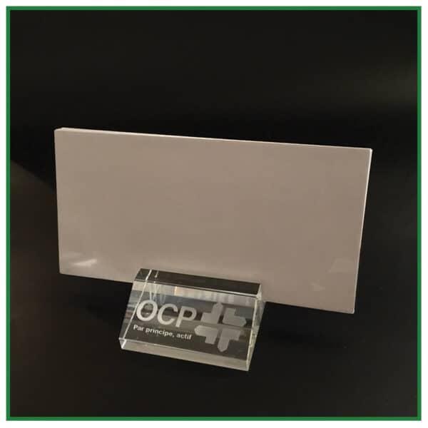 Porte lettres en verre de bureau