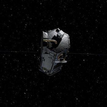 espace-nasa-satellite-laser